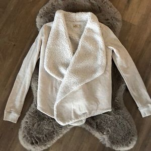 🌼HOLLISTER🌼Cardigan with Faux Sherpa lining
